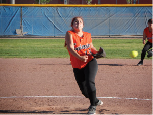 SUN Sports Softball Keana Torres throws a pitch.jpg