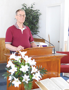 Pastor Bill Larsen cropped.jpg