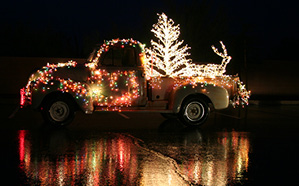 11_27_13 cover light parade_9425.JPG